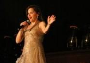 tania performsing